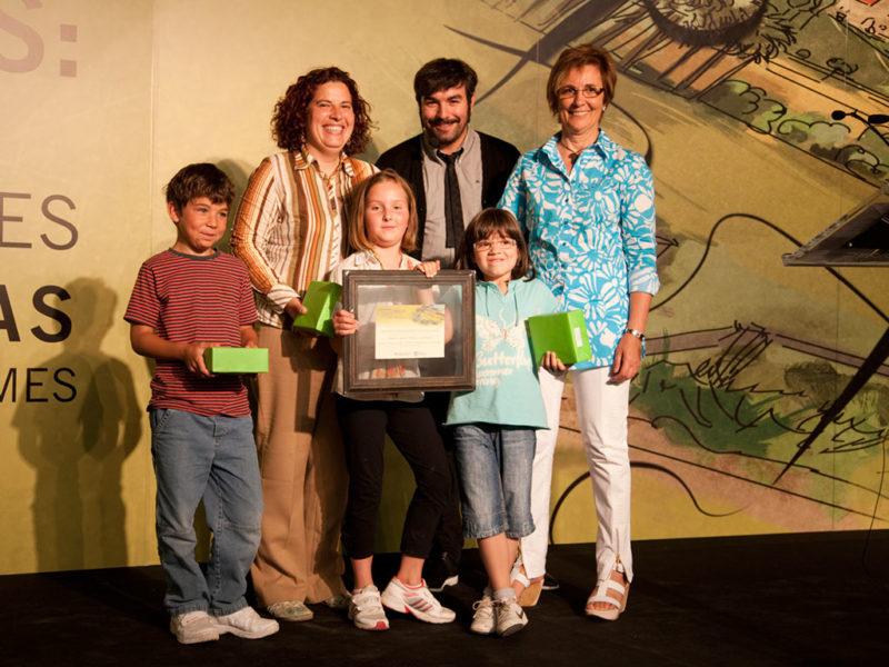 Olga Amoedo (primeira pola dereita) na entrega de Premios no Día do Cooperativismo