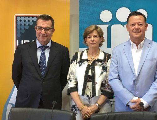 Cajamar firma un convenio con la Unión Española de Cooperativas de Enseñanza