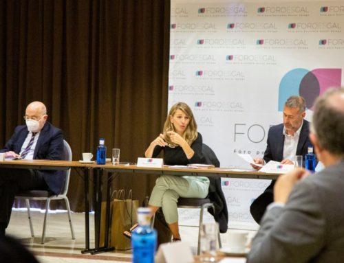 La ministra de Trabajo escenifica en Galicia su apoyo a la economía social y el modelo produtivo que representa.